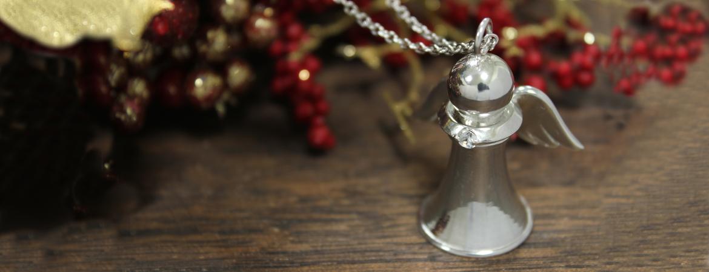 Angel Pawn pendant